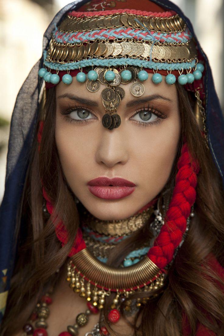 www.acufocal.com www.facebook.com/acufocal www.twitter.com/acufocal #portrait #photography #model #fashion #DSLR #canon #portraitphotography #portraiture #nikon #500px