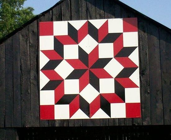Quilt Patterns On Barns In Ky : 1000+ ideas about Barn Quilts on Pinterest Painted Barn Quilts, Barn Quilt Patterns and Quilting