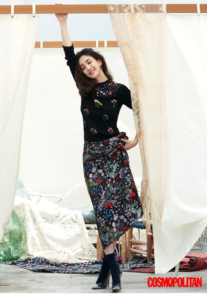 Jeong Ryeo Won and Han Ye Seul - Cosmopolitan Magazine September Issue '15