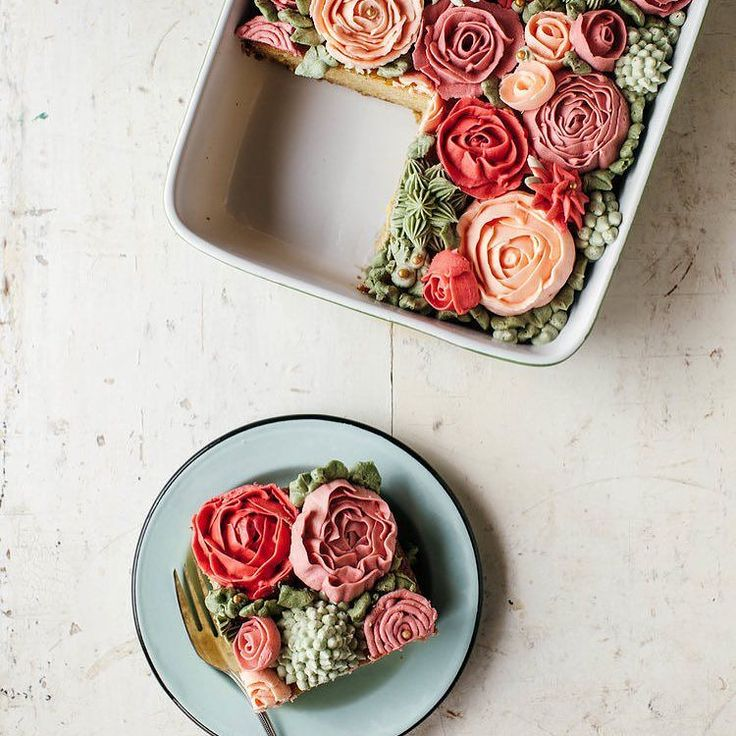 This cake  baked by @mollyyeh