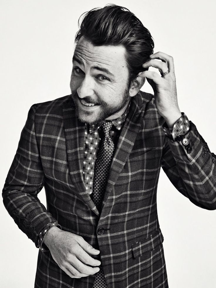 Charlie Day... so adorable! I love everything about him <3
