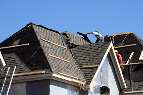 Our pros answer 29 of your toughest roofing questions. | Photo: Steve Debenport | thisoldhouse.com