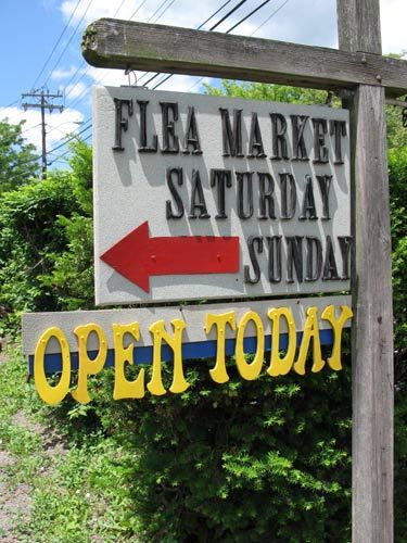Woodstock NY Pictures: Woodstock Flea Market