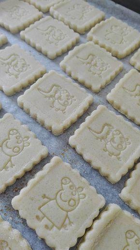 Biscotti decorati (di pasta frolla che non deforma in cottura)