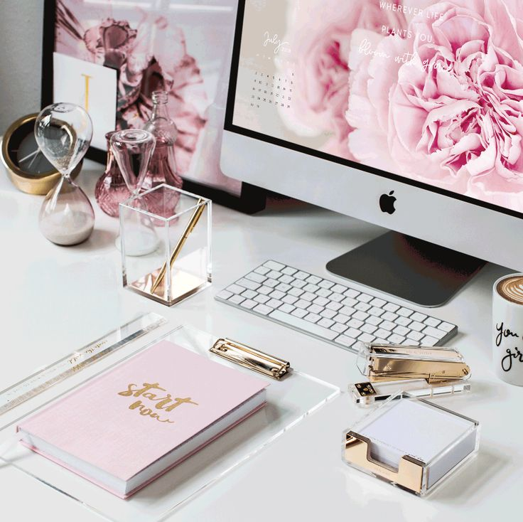 The brand new Office Collection is ready to rule your workspace! Swipe left to for more details and head to the shop to discover the whole collection …