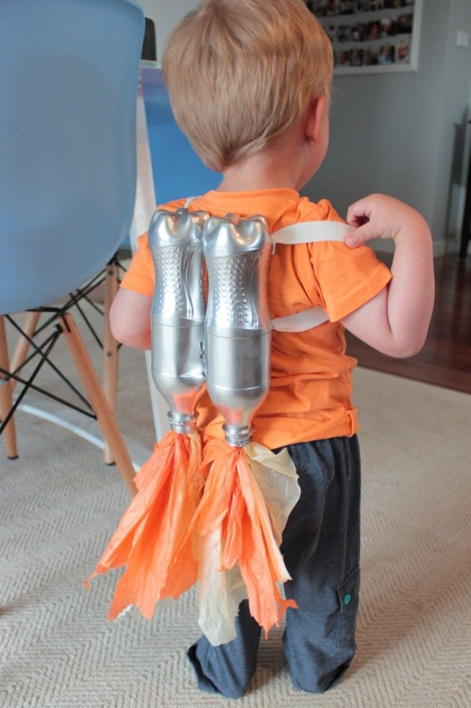 DIY spaceman jetpack! If you've totally forgotten to do anything about your child's halloween costume - this series will help you make something super cheap, super easy and super quick.