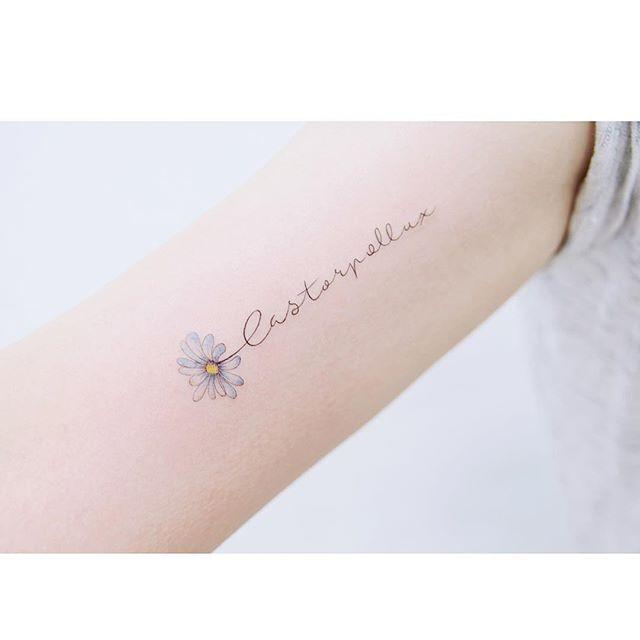 : Lettering   .  .  #tattooistbanul #tattoo #tattooing #flower #flowertattoo  #lettering #letteringtattoo #colortattoo #tattoosupplybell #tattoomagazine #tattooartist #tattoostagram #tattooart #tattooinkspiration #타투이스트바늘 #타투 #레터링타투 #레터링 #꽃타투 #꽃
