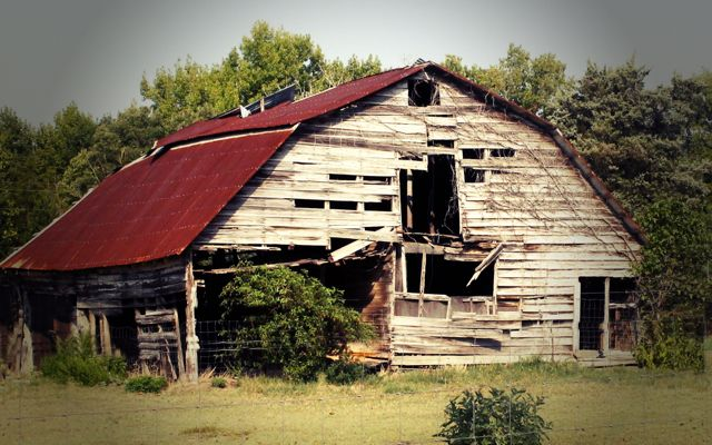 26 best images about old barn charm on pinterest fall for Barn houses in texas