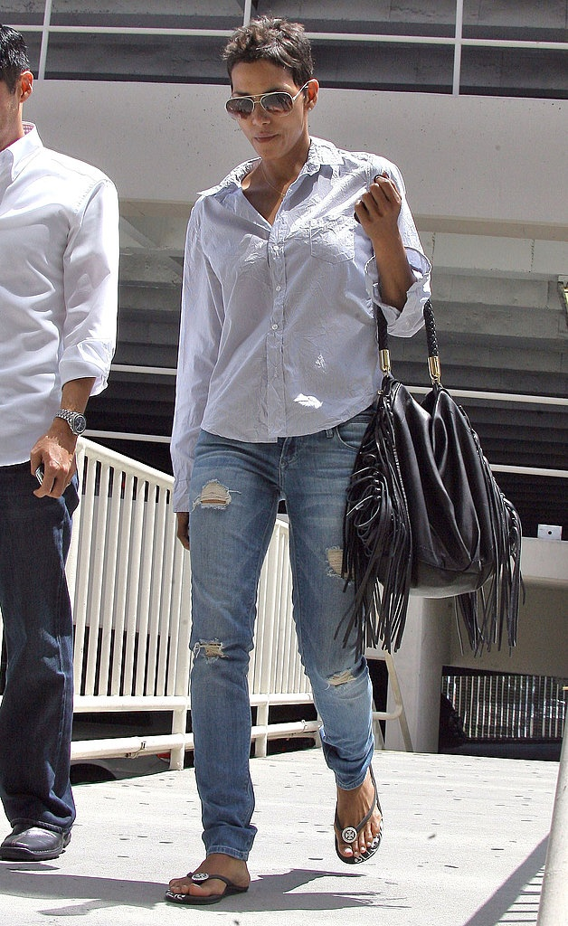Halle Berry | Boyfriend jeans, Halle berry and The o'jays