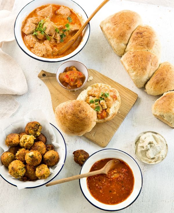 Chicken Curry Bunny Chow | #inthemixcookbook | Thermomix Recipes