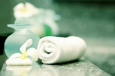 tips for spa bathroom decor