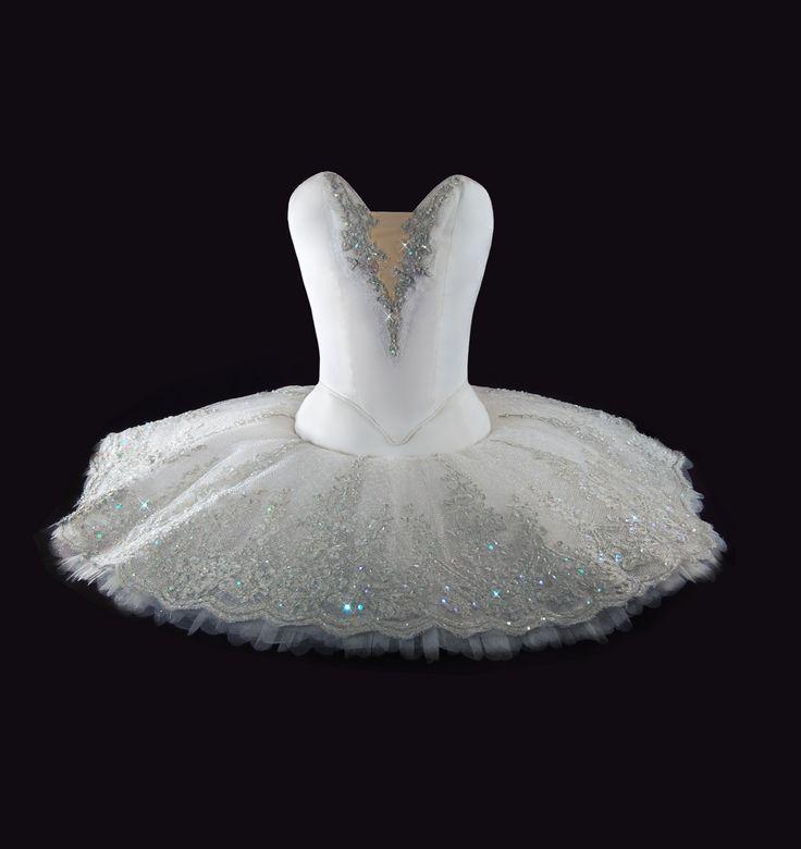 Tutu · Ballet · Grand Pass Clasique · Costume Designer · Diseño de Vestuario: Ana Carolina Figueroa