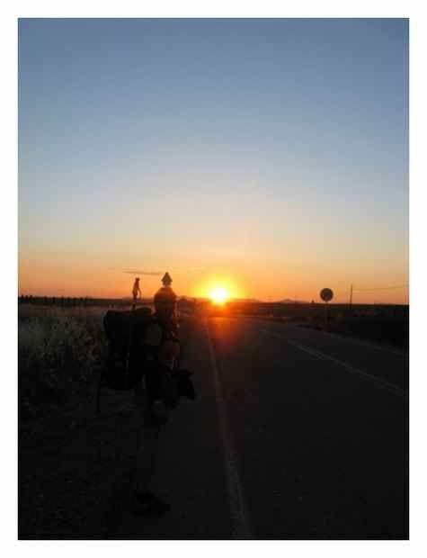 Sunrise walking (VdlP)