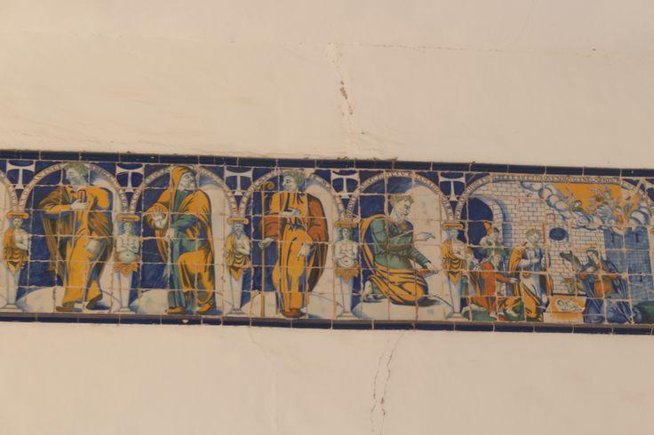 Mosaico del friso de los pies de la nave