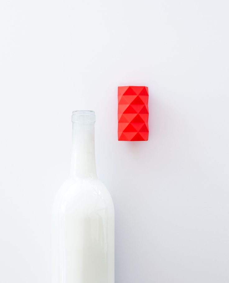 Most stoppers prevent bottles from standing upright in the fridge or wine cooler. This stacked antiprism looks tall, but hides a silicone stopper inside so your bottles can stand tall and your drinks can stay fresh. DIAM: 1.2in HEIGHT: 2.2in RISE OFF BOTTLETOP: 0.15in