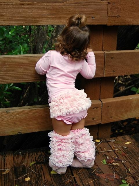 ruffles cutest little girl: Little Girls, Legs Warmers, Pink Ruffles, Bella Baby, Adorable, Baby Girls, Kids, Lace Bloomers, Leg Warmers