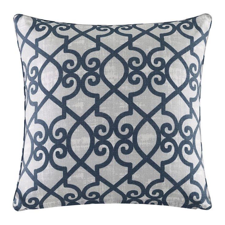 Madison Park 3M Scotchgard Outdoor Medium Throw Pillow, Blue (Navy)