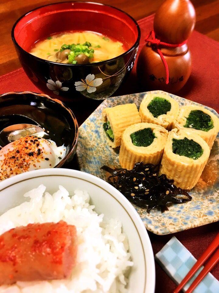 七味's dish photo 休日 おねぼう朝ごはん まだ眠い | http://snapdish.co #SnapDish #朝ご飯 #焼く/炒め物 #お味噌汁 #温泉卵 #卵焼き