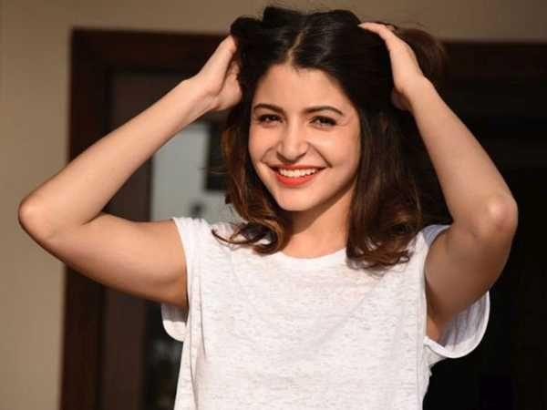 10 Richest Bollywood Actresses And Their Net Worth Anushka Sharma Pics Bollywood Actress Virat And Anushka