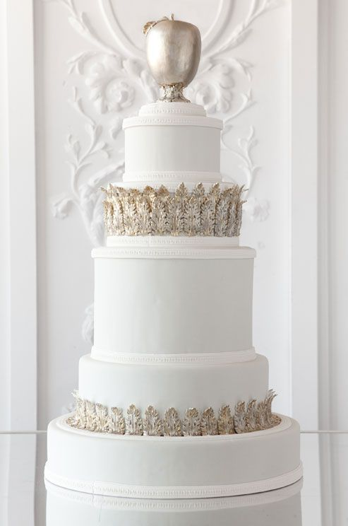 Classic cakeCake Wedding, Simple White, Beautiful Wedding Cakes, White Cakes, Cake Opera Co, Golden Apples, Gilded Leaves, Cakeoperaco Com, Cake Toppers