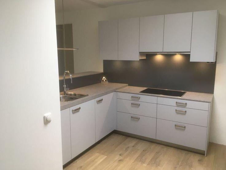 25 beste idee n over kleine keuken op pinterest kleine appartementen studio appartement - Outs kleine ruimte ...