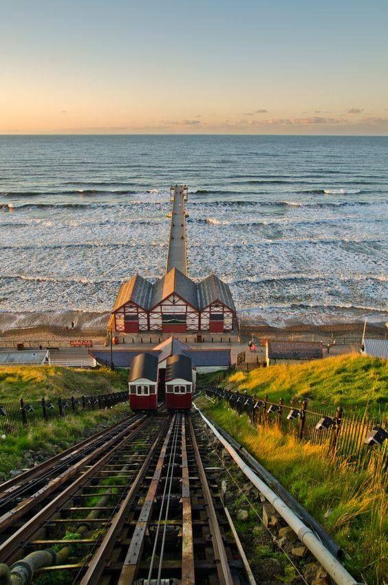 Saltburn Pier, North Yorkshire, England ... funicular