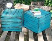 Love!Outdoor Seating, Side Tables, Barnwood, End Tables, Patio Tables, Summer Colors, Patios Tables, Barns Wood, Barn Wood