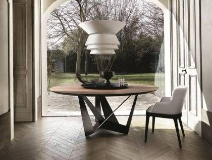 Modernes Esstisch Design Von Cattelan Italia   Stahlfuß Und Massivholz