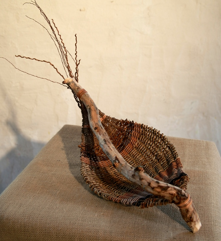 Willow 1. Curly willow, seagrass, palm inflorescence, rattan.