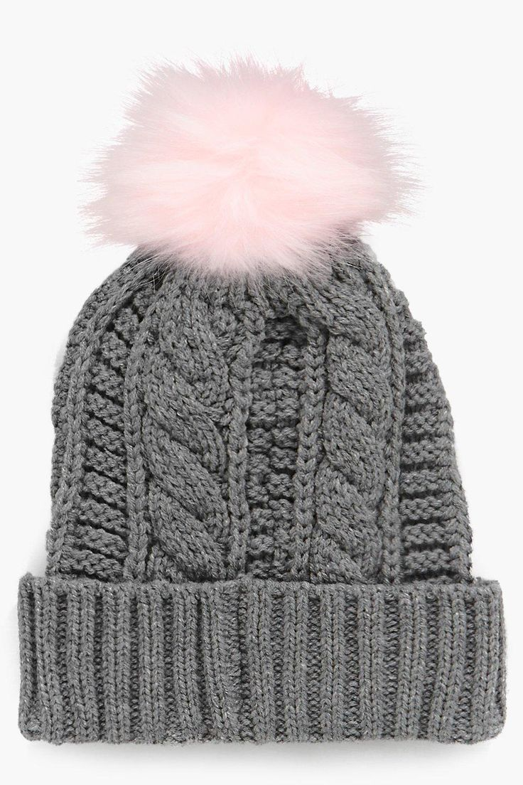 The cutest faux fur trim beanie!