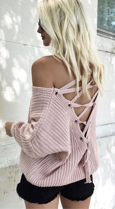 Only $39 Now! One-track mind? It's a good thing this sugary pink sweater with its lace-up back is no-brainer, huh? Focus on Lace-up Back Sweater in Pink featured by Make Today a Hollyday Blog