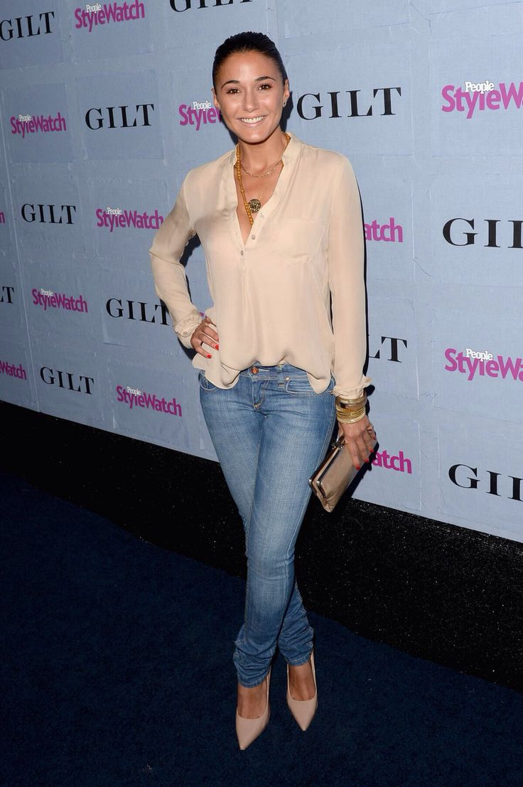 Emmanuelle Chriqui Love the blouse, love the skinny jeans