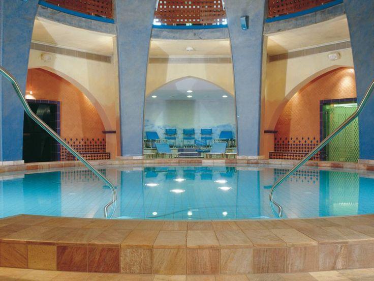 Wellness und Entspannung in Aachen: Carolus Therme mit 2 oder mehr Tagen im modernen 4-Sterne Mercure Hotel Aachen am Dom ab 85 € (statt 119 €) - Urlaubsheld | Dein Urlaubsportal