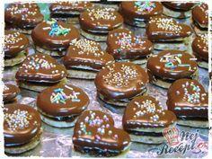Oříškovo-čokoládová kolečka a srdíčka