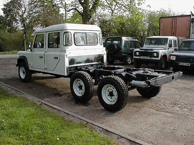 land rover defender 6x6 land rover pinterest land. Black Bedroom Furniture Sets. Home Design Ideas