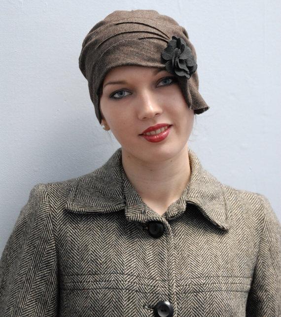 1920s cloche hat 'Chococo Lait Brown' Modern Vintage