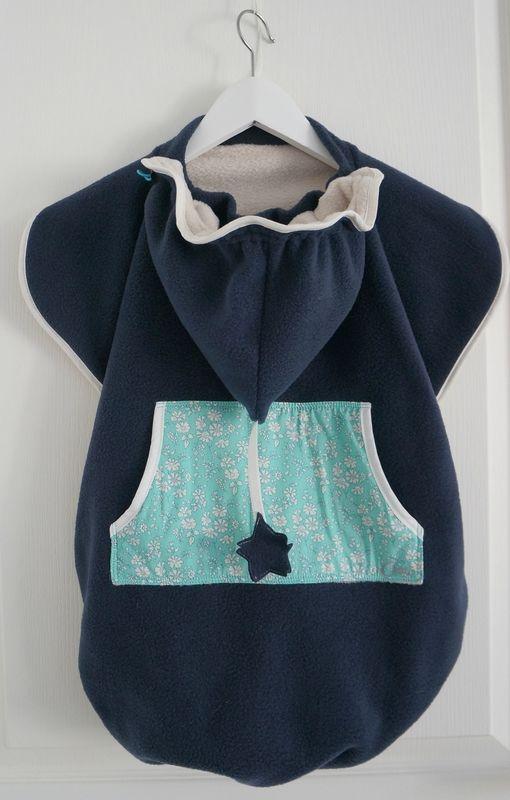cape de portage ou couverture poussette à capuche / belle idée et réalisation! / les chiffoneries du chat.
