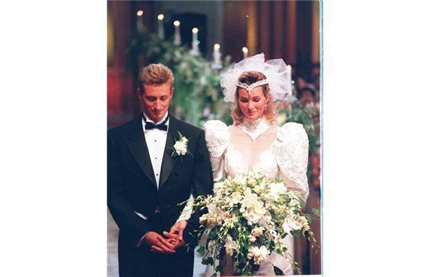 July 16 1988 Wayne Gretzky And Janet Jones Both 27