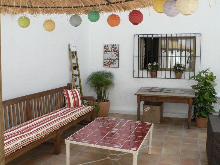 mesa de forja y cerámica