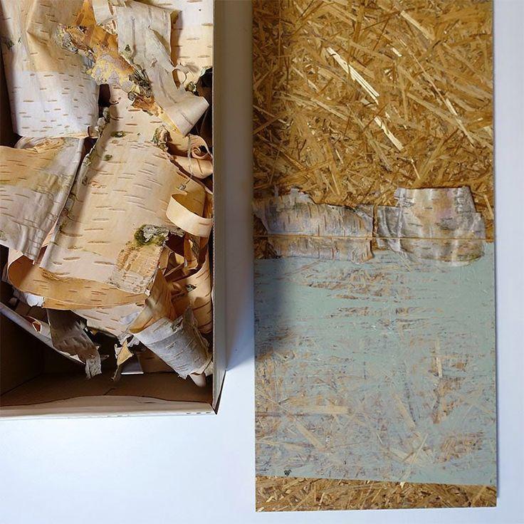 Experimenten met verf en berk op eco-board. Op zoek naar passende combinaties, wat een prachtige pasteltinten! - Work in progress. Birch meets paint (green earth pigment) and eco-board. What a stunning soft toned colours. - #angeliquevandervalk #vegetableworks #studioangeliquevandervalk #art #visualart #abstract #abstractart #minimalist #contemporaryart #material #process #workinprogress #detail #new #sustainable #transition #found #birch #biodegradablepaint #pigments #green #pastels