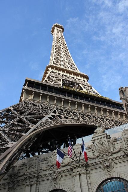 Eiffel Tower, Las Vegas by holidaypointau, via Flickr