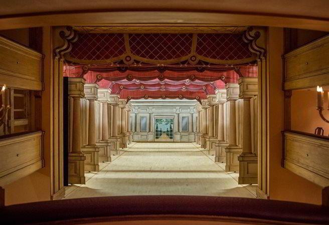 Barokní divadlo na zámku ve Valticích