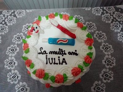 Tort si prajituri Andrea : Tort cu zmeura