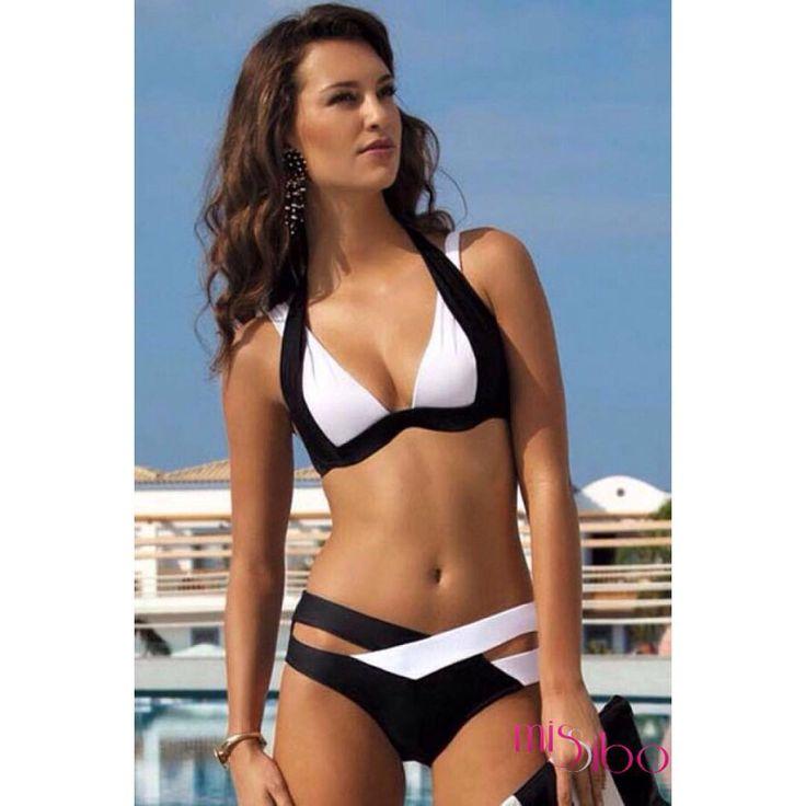 Yeni model bikinilerimiz  geldi @missibo Hemen al yaza hazırlan ☀️ #siyah #beyaz #siyahbeyaz #siyahbikini #beyazbikini #siyahbeyazbikini #bikinimodel #bikiniçeşitleri #bikiniler #mayolar #follow #takip #fırsat #kaçmaz #beach  #güneş #deniz #instaphoto #instalike #seksibikini #instashop #antalya #istanbul #izmir #missibo