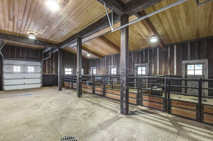 Steamboat River Ranch Horse Facility In The Elk River