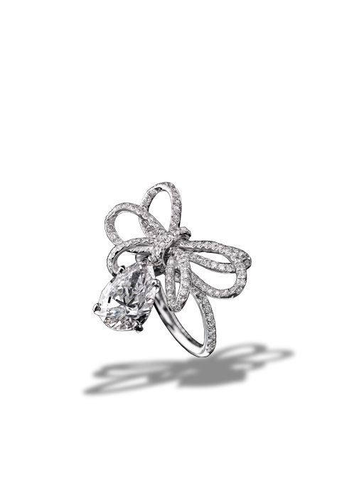 Bague 1932 en or blanc 18 carats et diamants - CHANEL