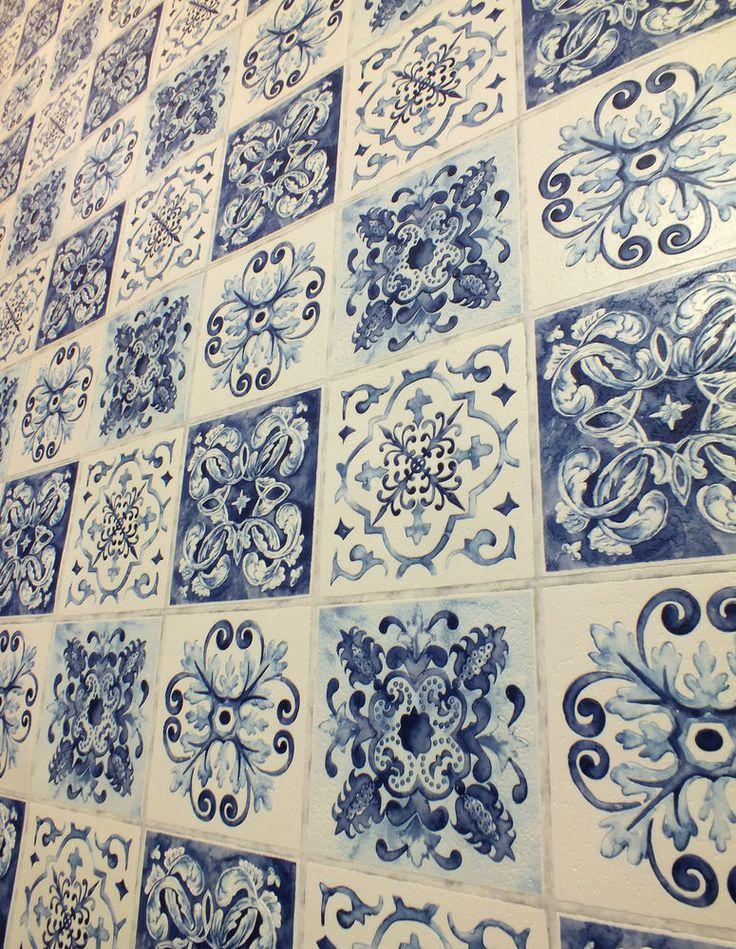 Moroccan Tile Effect, Washable Kitchen / Bathroom Wallpaper In Blues U0026 Cream