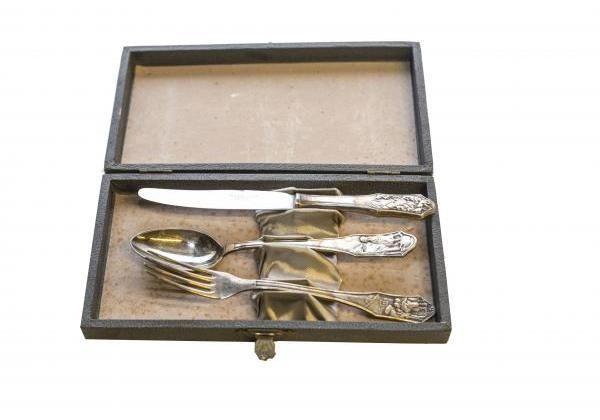 Evőeszköz készlet díszdobozban, 3 darabos