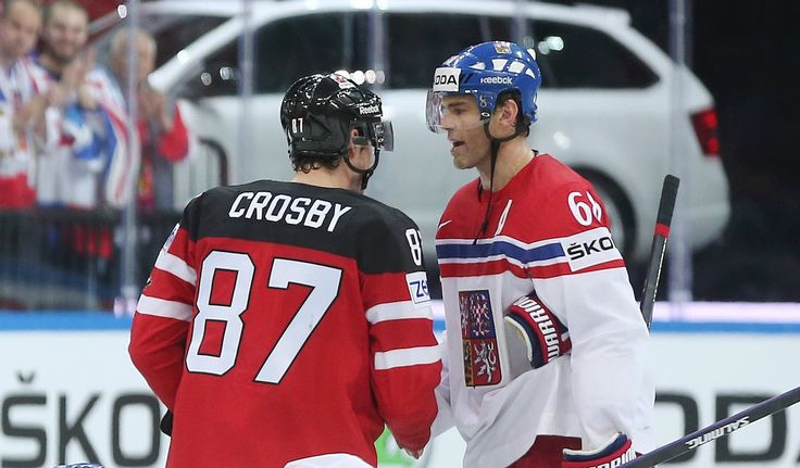 87 Crosby gets in the face of 68 Jagr WC SF 2015  https://www.facebook.com/MSIIHF2015/photos/ms.c.eJw90MsRwCAIBNCOMnwF~_m8sgsDxza66SYgZ0glXV0D9oq2keJzWGOgs8czElZOPJXMKGesztw2yr45jK9v0DasvNj53jwT0~