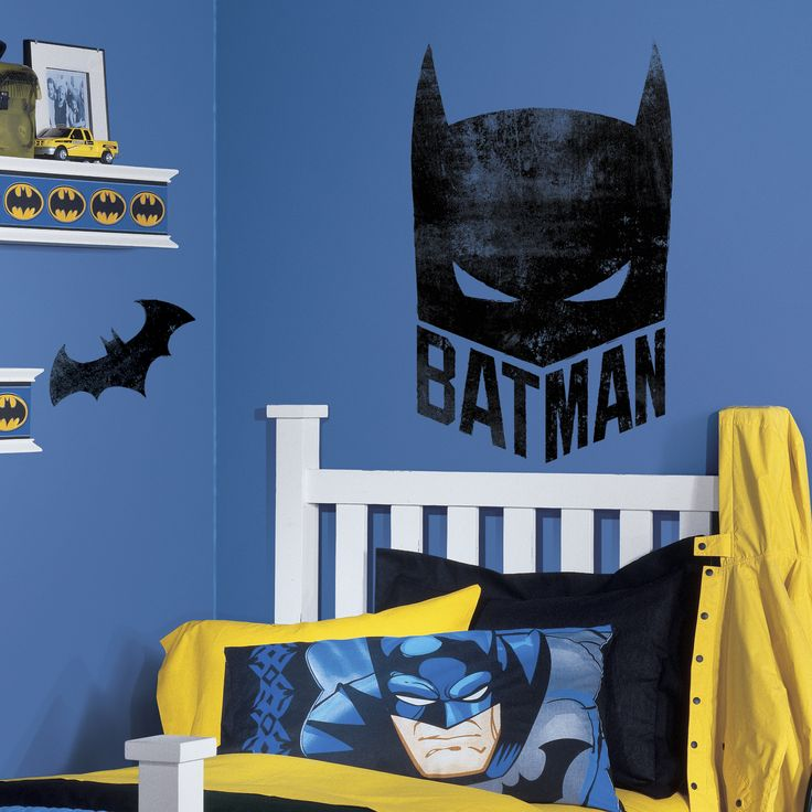 Show off your love for the Caped Crusader by adding this Batman Mask Giant Wall Graphic to any wall in your home. A great way to decorate a bedroom, game room and more, add this wall graphic to any su